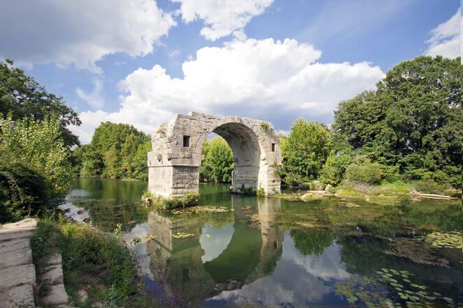 Pont Ambroix-Pont Ambroix_- Site_archéologique et musée d'Ambrussum