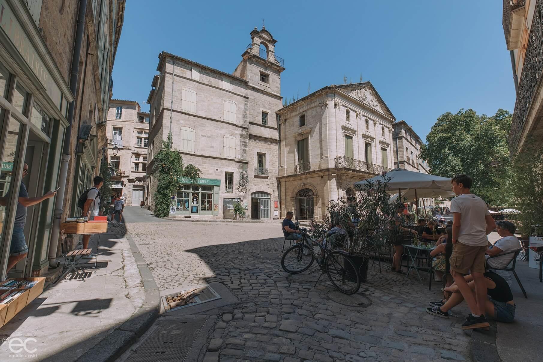 Pézenas - place Gambetta - centre historique- Hérault